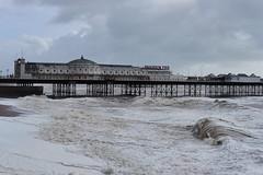 Brighton Pier 2019 (rafpas82) Tags: brighton pier brightonpier mare sea molo oceano oceanoatlantico spiaggia beach storm mareagitato roughsea clouds sussex england inghilterra 35mmf2 fujinon35mmf2 fujinon fujifilmxt20 xt20 fujifilm