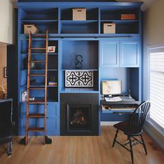 On purpose (Dan Haug) Tags: bookshelf ladder project fireplace cambriangranite naturallight workspace purpose design home fujifilm fujixseries xt3 xf1024mmf4rois xf1024mm hubertsfireplaceconsultationdesign manotickkitchenandbath rolling