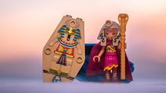 #ElvesDay 28 - Cleopatra (Reiterlied) Tags: ancientegypt antiquity azari cleopatra egypt egyptian elves lego legography minidoll minifig minifigure pharaoh reiterlied snow stuckinplastic sunrise toy winter