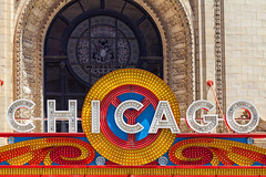 Chicago Theatre Neon Sign (Melanie Alexandra Photography) Tags: chicago chicagotheater neonsign vintage retro illinois color marquee