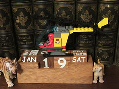 Saturday, 19th, More snow IMG_1923 (tomylees) Tags: lego lion calendar perpetual essex morning winter january 2019 19th saturday