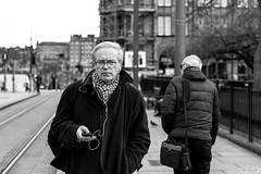 Text Alert (Cycling-Road-Hog) Tags: candid canoneos750d ef50mmf18stm edinburgh edinburghstreetphotography niftyfifty places scotland street streetphotography streetportrait
