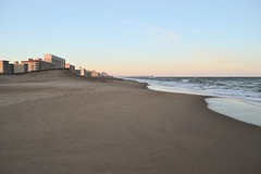 (i threw a guitar at him.) Tags: whirlwind whirl wind virginia beach ocean sea coast atlantic 2019 sunset sky landscape waves hotels tourism winter season pier colors rebuild