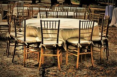 Still early... (Pedro1742) Tags: chairs table wood