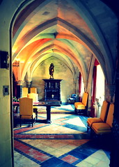 inside Angelsey (bexilesphotography) Tags: angelsey insideangelseyabbey architecture architecturephotography architecturephoto archways arches tiledfloor interior interiordesign bestinteriors bestofuk indoorsphotography lighting colours hall oldhouse historichomes historicarchitecture