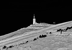 Mont Ventoux (Vaucluse France) (Mike Reichardt) Tags: vaucluse provence blackwhite blancetnoir schwarzweiss monochrome landscape landschaft france frankreich ventoux mountain berg architecture architektur