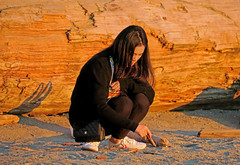 Beach Writing (HereInVancouver) Tags: youngwoman sunsetlight log beach sand writing beachwriting asian candid streetphotography vancouverswestend vancouver bc canada canong3x city urban thingstodobythewater