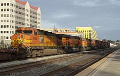 Outbound Baretables (imartin92) Tags: emeryville california bnsf railroad railway freight train ge generalelectric gevo dash9 c449w es44ac locomotive