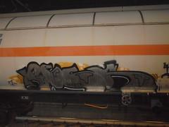 in piece (en-ri) Tags: peck nero argento giallo train torino graffiti writing treno merci freight 17 2017
