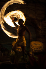 2019_01_10_Hawaii_Maui_5D-1501 (AbovetheLineEntertainment) Tags: hawaii maui canon5dmarkiv canon5d â©abovethelineentertainmentinc hyattregency luau drumsofthepacific fire longexposure ©abovethelineentertainmentinc