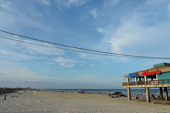 Corpus Christi - Darkening Beach (Drriss & Marrionn) Tags: corpuschristi texas usa water sea bay ocean coast coastline people beach waterfront bobhallpier diner restaurant eatery padreisland sky