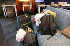 Ready To Go (ivlys) Tags: usa texas sanantonio abfahrt departure koffer suitcase ivlys