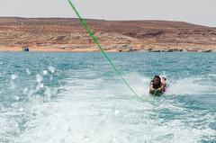 Lake Powell (Julien | Quelques-notes.com) Tags: lakepowell page utah lake boat usa etatsunis amérique america northamerica roadtrip familyroadtrip amériquedunord
