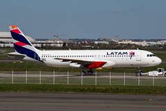LATAM A320neo (Martyn Cartledge / www.aspphotography.net) Tags: a320neo aero aerodrome aeroplane air airbus aircraft airfield airline airliner airplane airport allnippon aspphotography avgeek avgeeks aviation cartledge civil civilairline civilairliner fwwdy flight fly flying flyinghonu flywinglets iflya380 jet latam martyn plane runway transport wings wwwaspphotographynet wwwflywingletscom asp photography