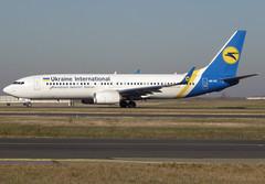 UR-UIC, Boeing 737-8KV(WL), 63406 / 6851, Ukraine International Airlines, CDG/LFPG 2019-02-15, taxiway Delta. (alaindurandpatrick) Tags: ps aui ukraineinternationalairlines airlines 634066851 uruic 737 737800 737nextgen 738 boeing boeing737 boeing737nextgen boeing737800 jetliners airliners cdg lfpg parisroissycdg airports aviationphotography