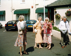 IMG_0006 Jean Spafford with her Sisters Doreen and Edna at the Wortley Hotel Scunthorpe (photographer695) Tags: jean spafford with her sisters doreen edna wortley hotel scunthorpe