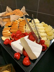 (cafe_services_inc) Tags: cafeservicesinc cafe850 holidayparty holiday2018 alkermesholidayparty cheese cheeses crackers ginger