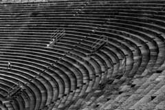 contrapunto (jssgarca) Tags: monument lines parallel simmetry armony point reference roman bw monumento romano anfiteatro perspectiva referencia monocromo