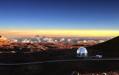 Summit observatories (Söckchen) Tags: bigisland hawaii maunakea observatorium gipfel