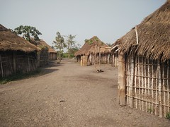 Aldea Holi. Benín (escandio) Tags: 2018 benin benin2018 holi aldea tribu 3 benín