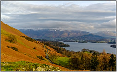 Looking back (Peter Leigh50) Tags: landscape landschaft lake district derwent water keswick catbells woods mountains hill sky path walking fujifilm fuji xt2 road town countryside