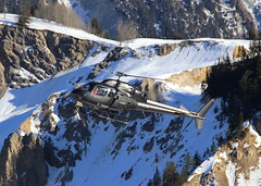 IMG_3679 (Tipps38) Tags: hélicoptère aviation photographie montagne alpes avion courchevel neige helicopter 2019 planespotting