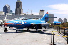 141136 USS Midway 11/08/11 (Andy Vass Aviation) Tags: usnavy ussmidway f9 141136