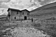 Lonely House, Abruzzo, Central Italy (Claudio_R_1973) Tags: house home lonely loneliness blackandwhite monochrome black white bw abruzzo italy centralitaly mountain apennines cloudy overcast