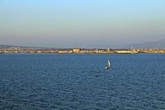 La vela (Meteoraaaa) Tags: mare barche vela castellammare stabia cielo vento