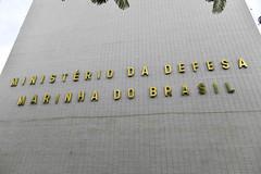 Fotos produzidas pelo Senado (Senado Federal) Tags: bie fachada prédio governofederal letreiro esplanadadosministérios ministériodainfraestrutura identificação ministériodadefesa marinhadobrasil exércitobrasileiro forçaarmada brasília df brasil bra