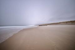 An der Nordsee (kuestenkind) Tags: langzeitbelichtung sylt nordsee northsea longexposure northgermany schleswigholstein strand beach insel leichtedoppelbelichtung sturm windig stärke67 nielangweilig derechtenorden wellen