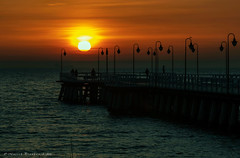 IMG_0291ab (Maciek32) Tags: gdyniaorłowo zima wschódsłońca sunrise gdynia pier sky balticsea canonphotography photo landscape sea photoshoot nature