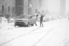 Happy Birthday! (Listenwave Photography) Tags: flickrelite blizzard vps400 urban happybirthday sigmadp3m foveon listenwavephotography snowing