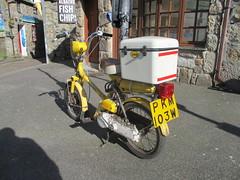 1981 Honda City Express (occama) Tags: pkm103w 1981 honda city express yellow old moped cornwall uk sun