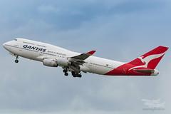 VH-OJS QF B747 01 YBBN-3815 (A u s s i e P o m m) Tags: qantas qf boeing b747 queenoftheskies bne ybbn brisbaneairport brisbane