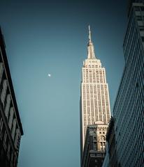 moon over manhatten (phaul2001) Tags: atlantikküste newyork newyorkcity northeast ostküste usa atlanticcoast bigapple eastcoast gotham