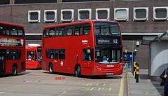 TEH917 Metroline (KLTP17) Tags: teh917 metroline hybrid 112 brentcross adl enviro400