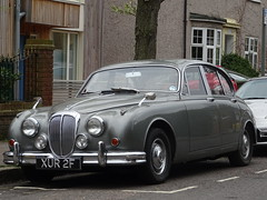 1967 Daimler 250 V8 (Neil's classics) Tags: vehicle 1967 daimler 250 v8 2548cc car