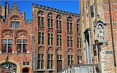 Immeubles Jan Van Eyckplein, Bruges, Belgium (claude lina) Tags: claudelina belgium belgique belgië bruges brugge triennaledartcontemporain liquidcity