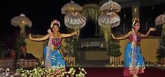 INDONESIEN, Bali , balinesische Tanzdarbietung am Abend, 17954/11178 (roba66) Tags: bali urlaub reisen travel explore voyages rundreise visit tourism roba66 asien asia indonesien indonesia insel island île insulaire isla mädchen girl girls gesicht face eyes augen beautiful cute pretty hübsch nice bello lovely beauty joli people menschen tanz tänzerin tanzkunst woman frau lady musik dance schau show tanzschau dancingshow