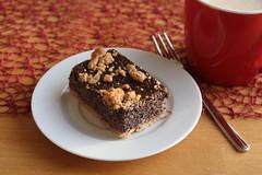 Dinkelmohnkuchen zum Nachmittagskaffee (multipel_bleiben) Tags: essen kuchen blechkuchen mohn typischdeutsch