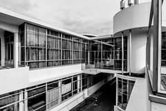 _DSC6939-2 (durr-architect) Tags: sanatorium zonnestraal architecture duiker modern style modernism hilversum wiebenga bijvoet hospital concrete structure air light building workshops canopy pavilion