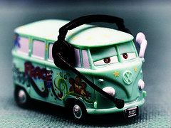 peace (ingrid eulenfan) Tags: lookingcloseonfriday green grün spielzeug toy auto car peace frieden fahrzeug looking close friday