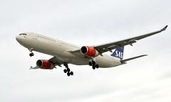 SAS LN-RKM, OSL ENGM Gardermoen (Inger Bjørndal Foss) Tags: lnrkm sas scandinavian airbus a330 osl engm gardermoen