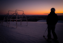 Last runs at sunset (Janne Räkköläinen) Tags: yllas ylläs lappi lappland winter sport sports talvi finland suomi sunset sun sunlight skiing ski downhillskiing fun happ wintersports auringonlasku mountain nature outdoor naturelovers outside fujifilm fujifilmx70 fujix70 x70 skirack sky landscape amateur amateurphotography amateurphotographing skiresort artistic lastruns 2019 february