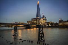 The Shard (Dannis van der Heiden) Tags: building skyscraper london thames water river skyline cityscape city constructioncranes evening bus car streetlights nikond750 d750 tamron2470mmf28 shadows england uk