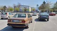 2006 Zastava 10, 1987 Volkswagen Jetta Cat, 1989 Renault 19 GTS and 1985 Volkswagen Golf II (FromKG) Tags: vw volkswagen golf ii jetta zastava 10 renault 19 gts red beige orange blue car kragujevac serbia 2019
