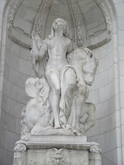 Beauty Lady Statue the New York Public Library 2907 (Brechtbug) Tags: 2019 library lady profile beauty statue outside new york public young woman fountain seated sphinx 42nd street 5th avenue nyc 03032019 statues sculpture animal women winter weather water basin stone wisdom