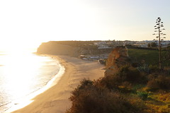 Praia do Canavial (_dankhn) Tags: algarve portugal atlanticocean ocean seaside backlight beach light