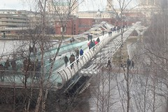 Millennium Bridge (phileveratt) Tags: millenniumbridge london thames tatemodern canon eos77d efs18135 fencefriday fencedfriday happyfencefriday hff